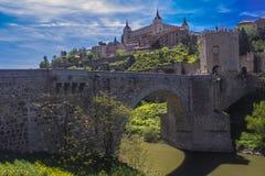 AlcÃ-¡ ntara Brücke - Toledo, Spanien Lizenzfreie Stockfotografie