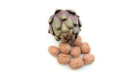 Alcachofas con las nueces Fotografía de archivo