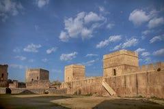 Alcal在塞维利亚,安大路西亚省的de Guadaira城堡  免版税图库摄影