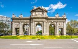 Alcala门(普埃尔塔de Alcala)在马德里 库存图片