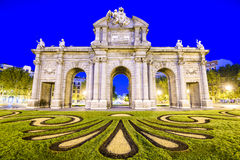 alcala de gate ιστορικό τοποθετημένο Μαδρίτη puerta Ισπανία Στοκ φωτογραφία με δικαίωμα ελεύθερης χρήσης