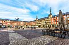 Alcalde de la plaza con la estatua de rey Philips III en Madrid, España Fotografía de archivo libre de regalías