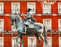 Alcalde Madrid Spain de la plaza de la estatua del Equestrian de rey Philip III Imagen de archivo