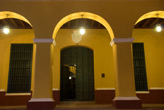 Alcalde por noche, Trinidad, Cuba de la plaza Fotografía de archivo libre de regalías