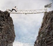 Alcance el éxito con difícil Meta de negocio del logro y concepto difícil de la carrera Foto de archivo