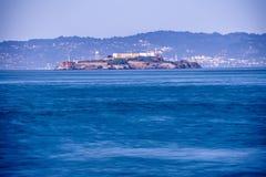 Alcatraz历史的著名监狱在旧金山湾加利福尼亚 免版税库存图片