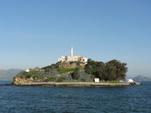 Alcatraz ö på en trevlig dag Arkivbilder