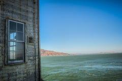 Alcatraz byggnad med fönstret Fotografering för Bildbyråer