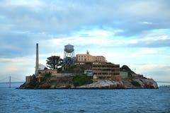 Alcatraz i San Francisco Bay fotografering för bildbyråer