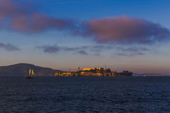 Alcatraz in San Francisco Bay Stock Foto's