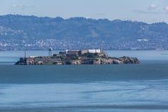 Alcatraz vaggar i fjärden Arkivfoton