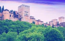 Alcazaba in Alhambra in der Sonnenaufgangzeit Granada, Spanien Stockbild