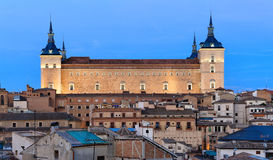 Alcazar και παλαιό μέρος του Τολέδο τη νύχτα, Ισπανία Στοκ φωτογραφία με δικαίωμα ελεύθερης χρήσης