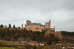 Alcazar dzwoniący roszuje w Segovia, Hiszpania Zdjęcia Royalty Free