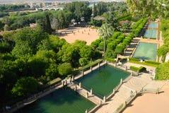 alcazarcordoba trädgårdar royaltyfria bilder