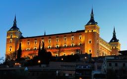 Alcazar av Toledo vid natt Fotografering för Bildbyråer