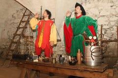 Alchemik Pije jego skombinowanie Obrazy Royalty Free