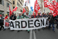 Alcoa Metalworkers demonstrate in Rome. Rome - 13 april 2012: Demonstrators protest in Rome against the closing of Portovesme and Fusina smeltering plants on the Stock Image