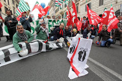 Alcoa Metalworkers demonstrate in Rome. Rome - 13 april 2012: Demonstrators protest in Rome against the closing of Portovesme and Fusina smeltering plants on the Stock Photo