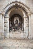 Alcobaca-Klosterinnenraum Stockfotos
