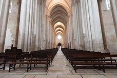 Alcobaca-Klosterinnenraum Stockbilder