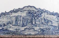ALCOBACA, PORTOGALLO - Azulejos che descrivono una scena religiosa nel Mosteiro de Santa Maria de Alcobaca Fotografie Stock Libere da Diritti