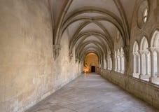 ALCOBACA, PORTUGAL - 20. Mai 2018: Halle im Mosteiro De Santa Maria de Alcobaca Lizenzfreie Stockfotos