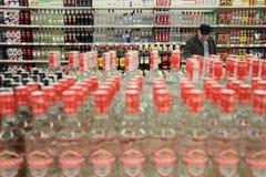 Alcohol, botellas de la vodka imagen de archivo