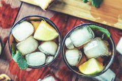 Alcohol, hielo, ron, cóctel, vidrio, frío, bebida, bebida, barra, foto de archivo