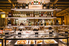Alcohol and pastry display Stock Photography