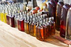 Alcoholcocktails, schoten in het drinken van flessen royalty-vrije stock afbeelding