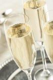 Alcoholisch Bruisend Champagne voor Nieuwjaren stock afbeelding