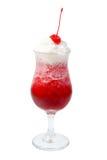 Alcoholisch cerise geïsoleerder cocktails, royalty-vrije stock afbeeldingen