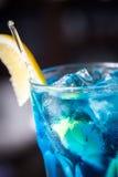 Alcoholische cocktail Blauwe Lagune Stock Afbeeldingen