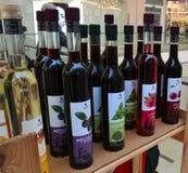 Alcoholische drank op een rij Stock Foto's