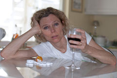 Alcool e abuso di droga Fotografia Stock