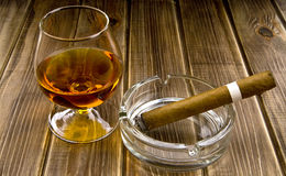 Alcool et fumage photos libres de droits