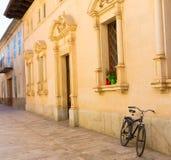 Alcudia gammal stad i Majorca Balearic Mallorca Fotografering för Bildbyråer