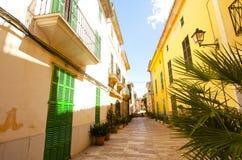 Alcudia Stary miasteczko w wyspie Majorca, Hiszpania 28 06 2017 Zdjęcie Stock