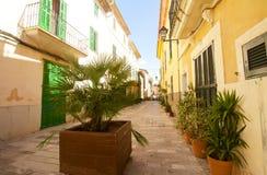 Alcudia Stary miasteczko w wyspie Majorca, Hiszpania 28 06 2017 Zdjęcia Stock