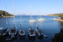 Alcune barche nel Ithaca, Grecia fotografia stock