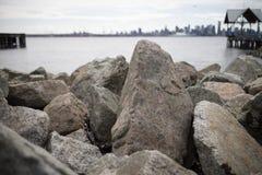 Formazioni rocciose sulla spiaggia del nord di Vancouver Immagine Stock