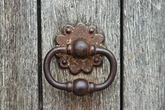 Aldaba oxidada vieja Imagenes de archivo
