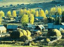 Aldea Baihaba, xinjiang, China del otoño Fotografía de archivo
