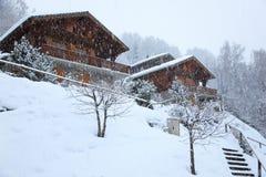 Aldea de la nieve Fotos de archivo libres de regalías