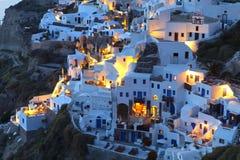 Aldea de Oia en la isla de Santorini en Grecia Fotografía de archivo libre de regalías