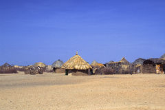 Aldea de Turkana (Kenia) fotos de archivo libres de regalías