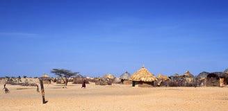 Aldea de Turkana (Kenia) imágenes de archivo libres de regalías