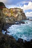 Aldea del pescador de Manarola en Cinque Terre, Italia Imágenes de archivo libres de regalías