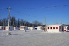 Aldea en el hielo en Ste-Anne-de-la-Pérade. Imagenes de archivo